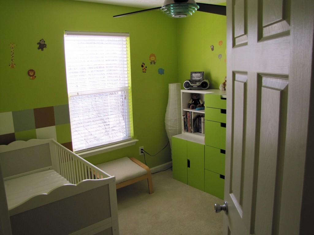 Bezpieczne drzwi dopokoju dziecięcego