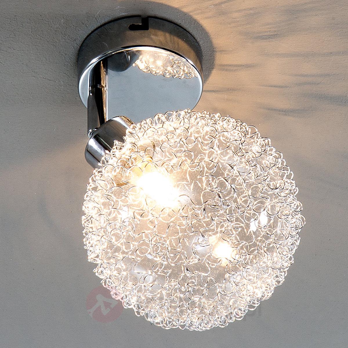 Przedpokój – jakimi lampami go oświetlić?
