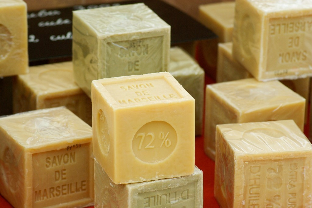 soap-673176_1920