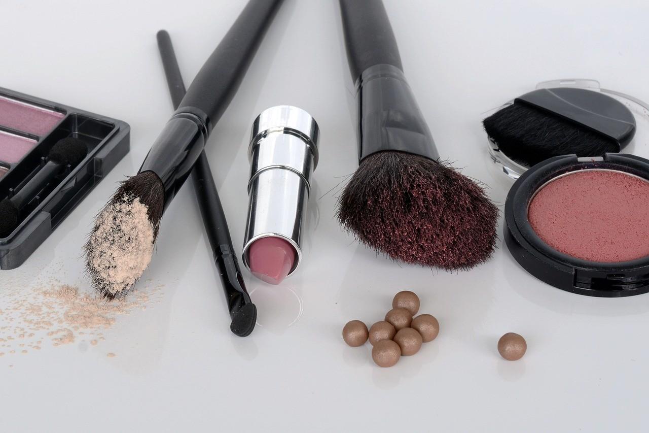 Absolutne must-have kosmetyczne każdej kobiety