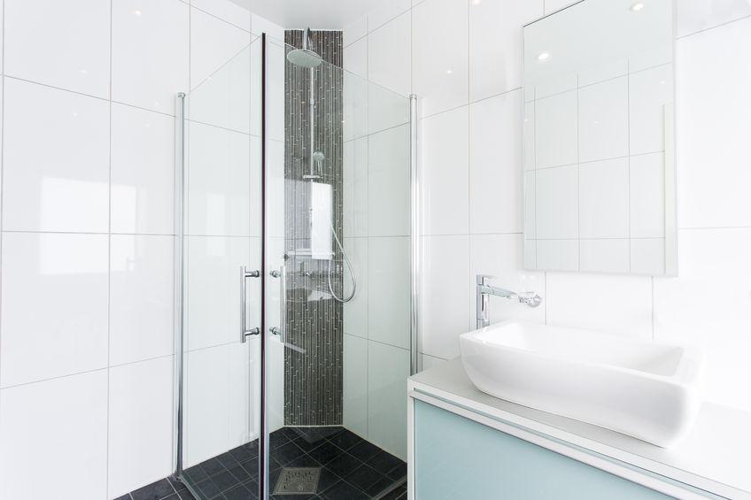 Funkcjonalna i modna kabina prysznicowa – jak ją wykończyć?
