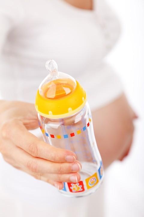 Butelka do karmienia – co wybrać?