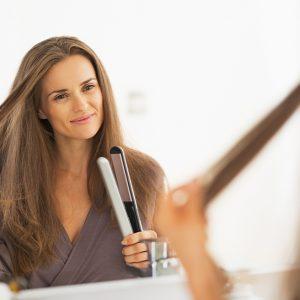 Jak wybrać najlepszą prostownicę dla swoich włosów?