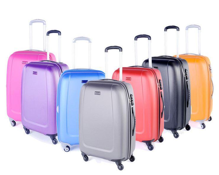 Lecimy nawakacje – 5 cech doskonałej walizki podróżnej