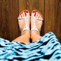 Sandały, espadryle, baleriny, japonki – najlepsze buty nalato
