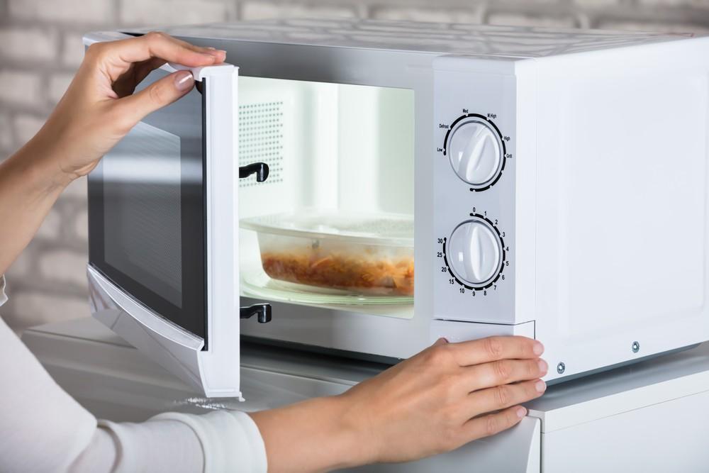 Gotowanie w mikrofali – poznaj proste przepisy