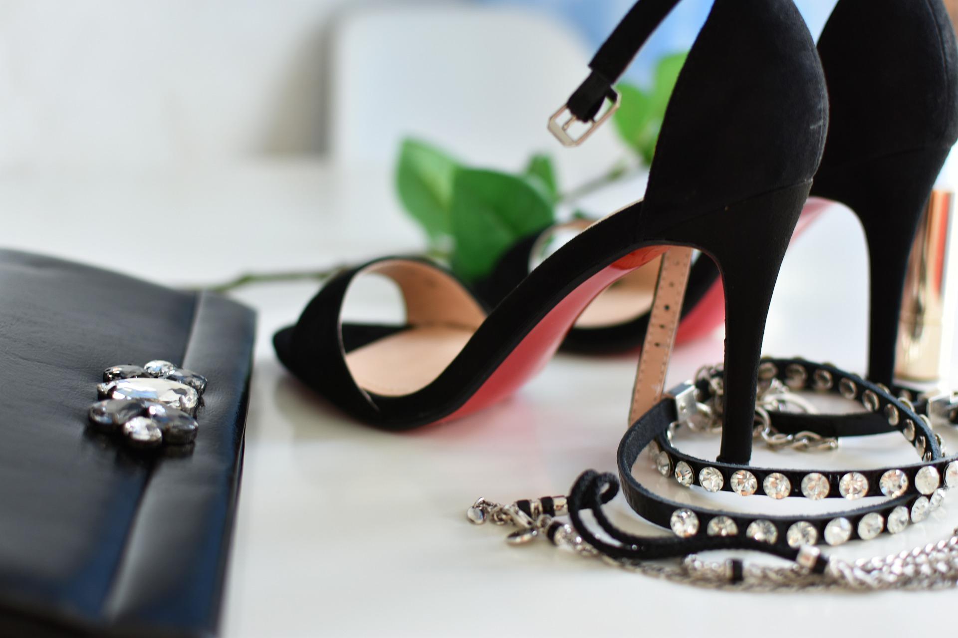 Buty damskie Rieker – elegancja szyta na miarę | Poradnik